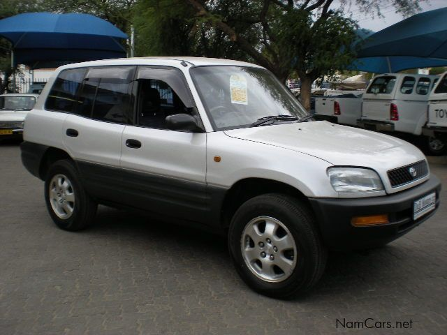 used toyota rav4 5 door 4x4 1995 rav4 5 door. Black Bedroom Furniture Sets. Home Design Ideas