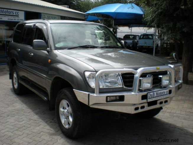 used toyota land cruiser 2000 land cruiser for sale windhoek toyota land cruiser sales. Black Bedroom Furniture Sets. Home Design Ideas