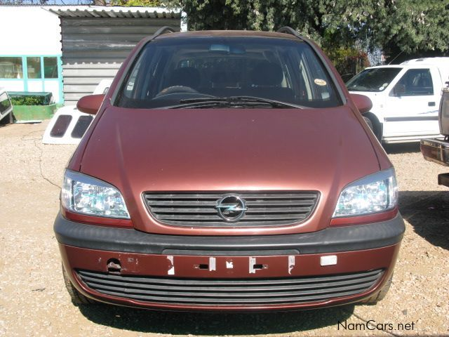 used opel zafira 2001 zafira for sale windhoek opel zafira sales opel zafira price n. Black Bedroom Furniture Sets. Home Design Ideas