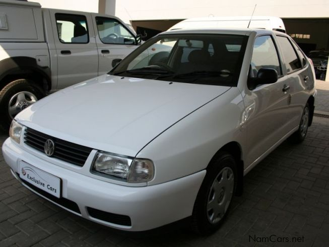 used volkswagen polo classic 1 6 sedan 2001 polo classic 1 6 sedan for sale windhoek. Black Bedroom Furniture Sets. Home Design Ideas