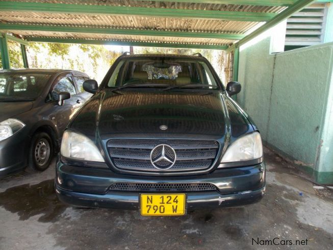 Used mercedes benz ml320 2002 ml320 for sale windhoek for Used mercedes benz ml320