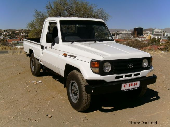 Used Toyota Land Cruiser 4.5i Bakkie | 2002 Land Cruiser 4 ...