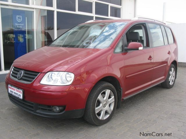 used volkswagen touran 2004 touran for sale walvis bay volkswagen touran sales volkswagen. Black Bedroom Furniture Sets. Home Design Ideas