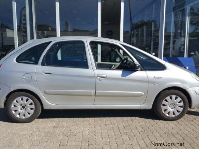 used citroen xsara picasso 1 6 hdi 2005 xsara picasso 1 6 hdi for sale windhoek citroen. Black Bedroom Furniture Sets. Home Design Ideas