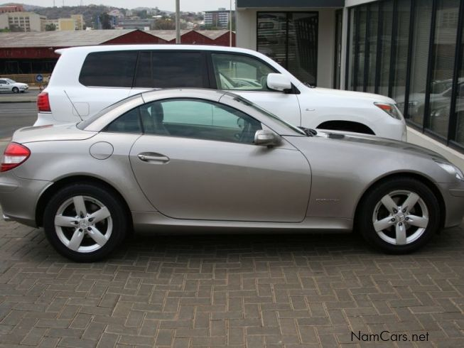 used mercedes benz slk 200 k coupe 2005 slk 200 k coupe for sale windhoek mercedes benz slk. Black Bedroom Furniture Sets. Home Design Ideas