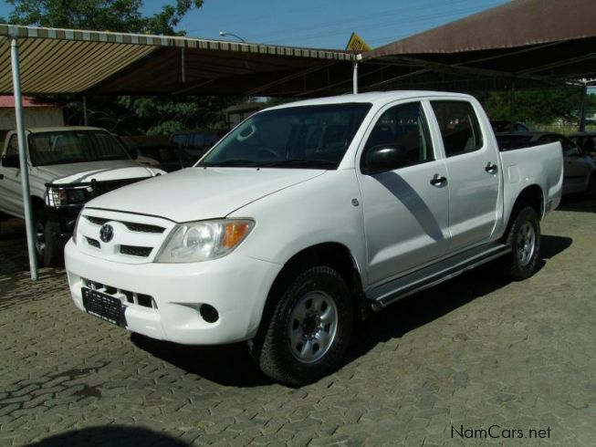 Used toyota hilux 2 5 d cab 2005 hilux 2 5 d cab for for Subaru motors finance c o chase