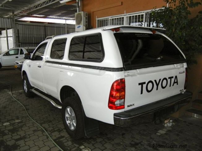 used toyota hilux 2 7 vvti 2006 hilux 2 7 vvti for sale windhoek toyota hilux 2 7 vvti sales. Black Bedroom Furniture Sets. Home Design Ideas