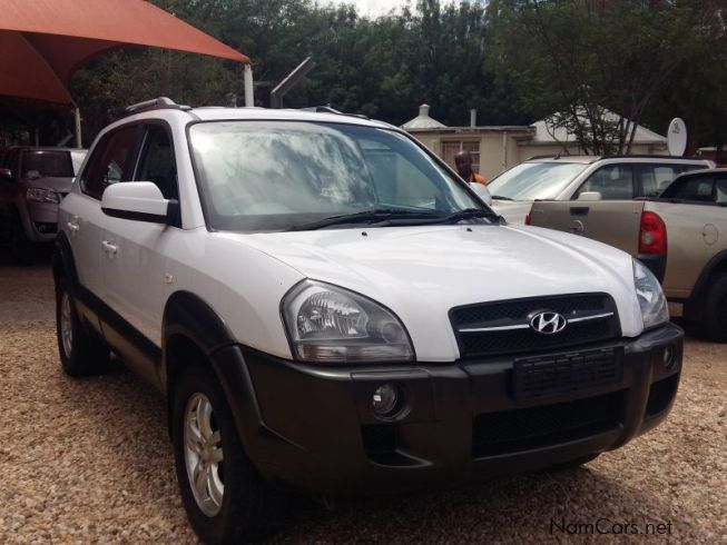 used hyundai tucson 2 0 manual 2008 tucson 2 0 manual for sale windhoek hyundai tucson 2 0. Black Bedroom Furniture Sets. Home Design Ideas