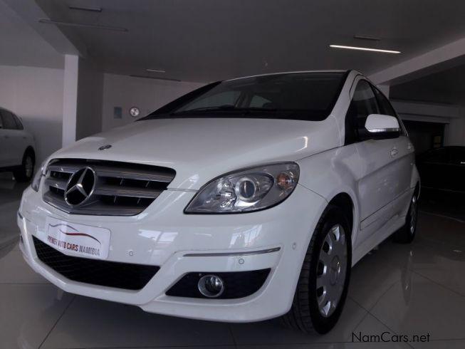 Used mercedes benz b180 2009 b180 for sale swakopmund for Mercedes benz worldwide sales figures