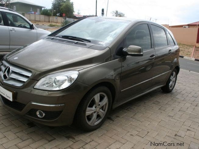 Used mercedes benz b200 t a t local 2009 b200 t a t for Mercedes benz used cars for sale