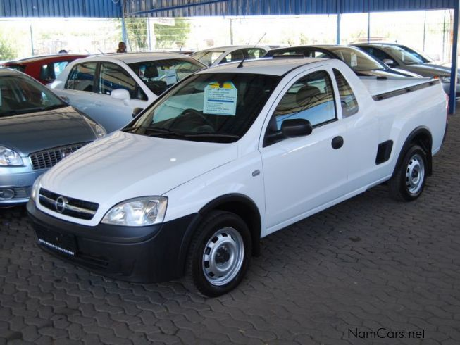 used opel corsa 1 4 utility club 2009 corsa 1 4 utility club for sale windhoek opel corsa 1. Black Bedroom Furniture Sets. Home Design Ideas