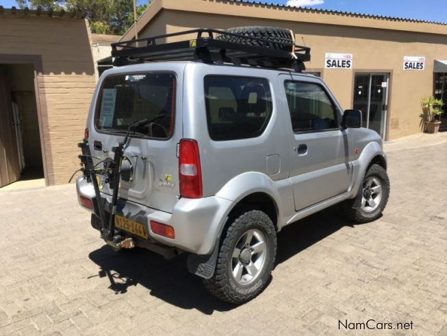 used suzuki jimny 1 3i 4x4 2010 jimny 1 3i 4x4 for sale windhoek suzuki jimny 1 3i 4x4 sales. Black Bedroom Furniture Sets. Home Design Ideas