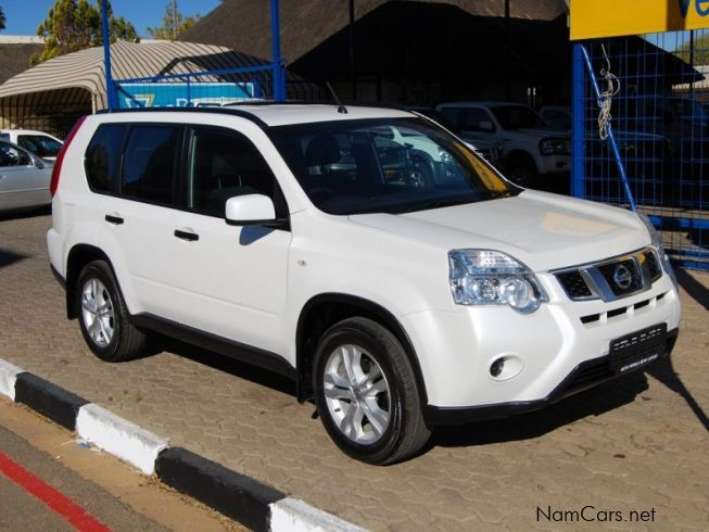 used nissan x trail 2000 2011 x trail 2000 for sale windhoek nissan x trail 2000 sales. Black Bedroom Furniture Sets. Home Design Ideas