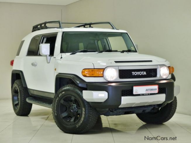 used toyota fj cruiser v6 2012 fj cruiser v6 for sale. Black Bedroom Furniture Sets. Home Design Ideas
