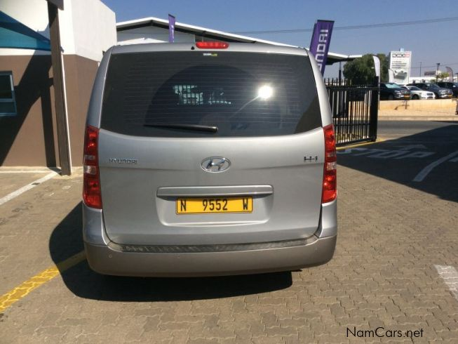 used hyundai h1 2 4 9 seater bus 2013 h1 2 4 9 seater bus for sale windhoek hyundai h1 2 4 9. Black Bedroom Furniture Sets. Home Design Ideas