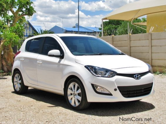 used hyundai i20 2013 i20 for sale windhoek hyundai i20 sales hyundai i20 price n 129 000. Black Bedroom Furniture Sets. Home Design Ideas