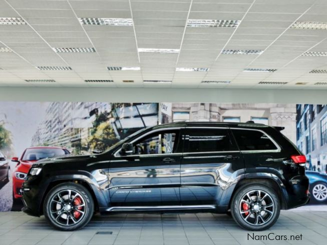 used jeep grand cherokee srt hemi v8 2014 grand cherokee srt hemi v8 for sale windhoek jeep. Black Bedroom Furniture Sets. Home Design Ideas