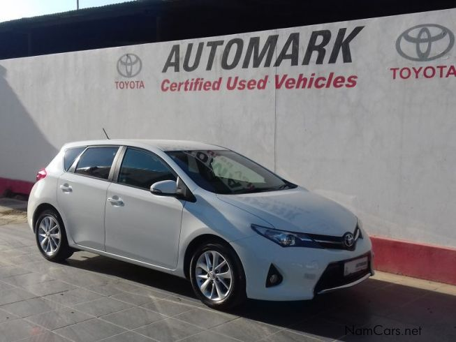 used toyota auris xs 1 6 2014 auris xs 1 6 for sale. Black Bedroom Furniture Sets. Home Design Ideas