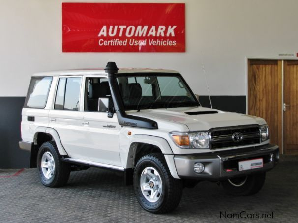 Used Toyota Land Cruiser V8 Lx 2014 Land Cruiser V8 Lx For Sale Windhoek Toyota Land Cruiser