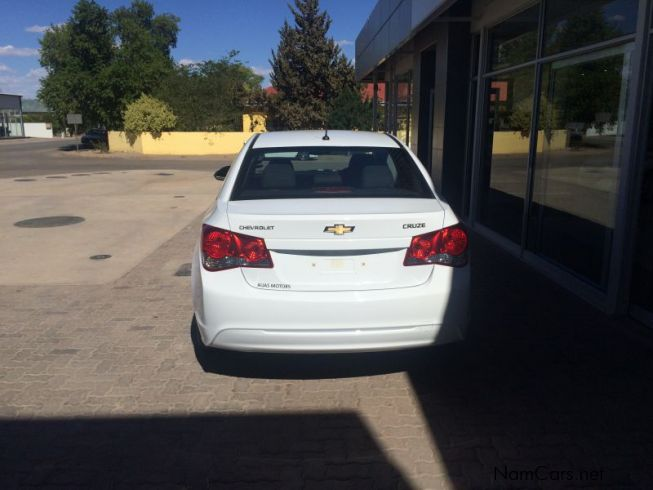 used chevrolet cruze 1 6 l 2015 cruze 1 6 l for sale mariental chevrolet cruze 1 6 l sales. Black Bedroom Furniture Sets. Home Design Ideas
