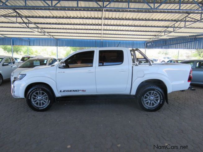 Used toyota hilux 30 d c 4x2 legend 45 2015 hilux 30 d c for Subaru motors finance c o chase