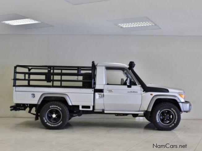 used toyota land cruiser lx v8 2015 land cruiser lx v8 for sale windhoek toyota land cruiser. Black Bedroom Furniture Sets. Home Design Ideas