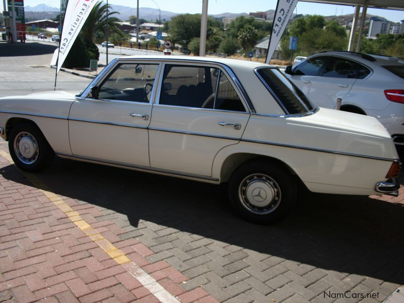Used mercedes benz w115 200 d sedan manual 1975 w115 200 for Mercedes benz used cars for sale