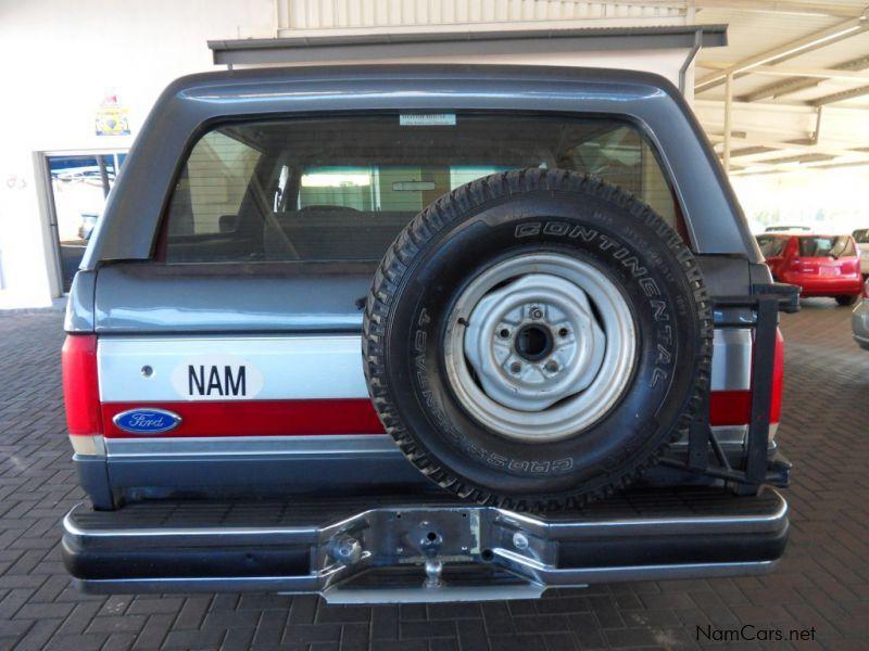 Ford Bronco V8 in Namibia