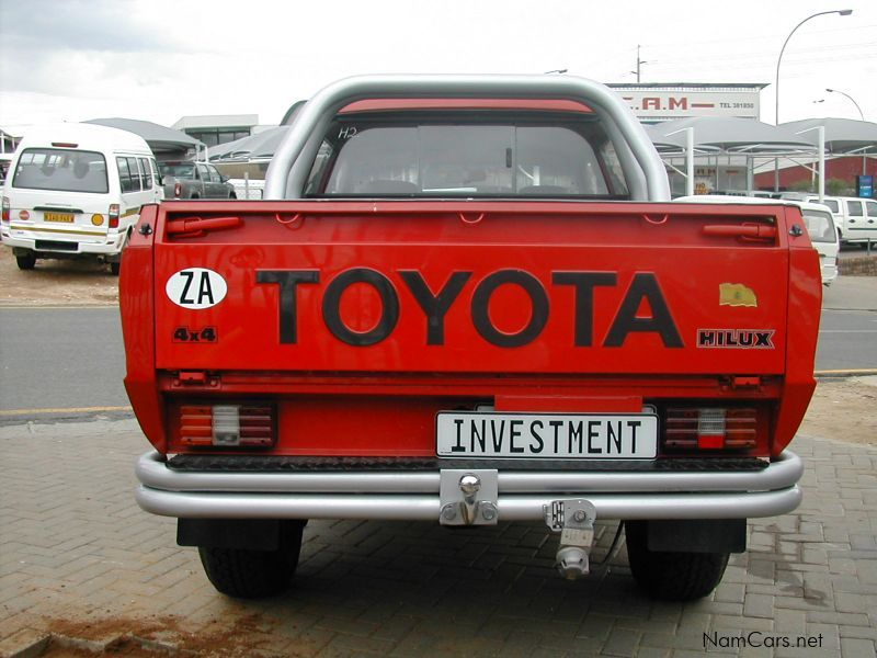 used toyota hilux 1990 hilux for sale windhoek toyota hilux sales toyota hilux price n. Black Bedroom Furniture Sets. Home Design Ideas