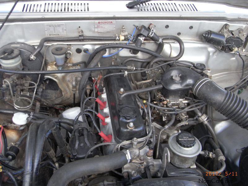 Used Toyota 4y Toyota Hilux 2 2 D Cab 1993 4y Toyota