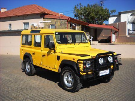 Used Land Rover Defender 4x4 SUV 2 5 6 Cylinder | 1999