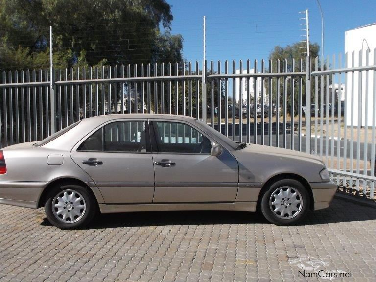 used mercedes benz c240 elegance a t 1999 c240 elegance a t for sale windhoek mercedes benz. Black Bedroom Furniture Sets. Home Design Ideas