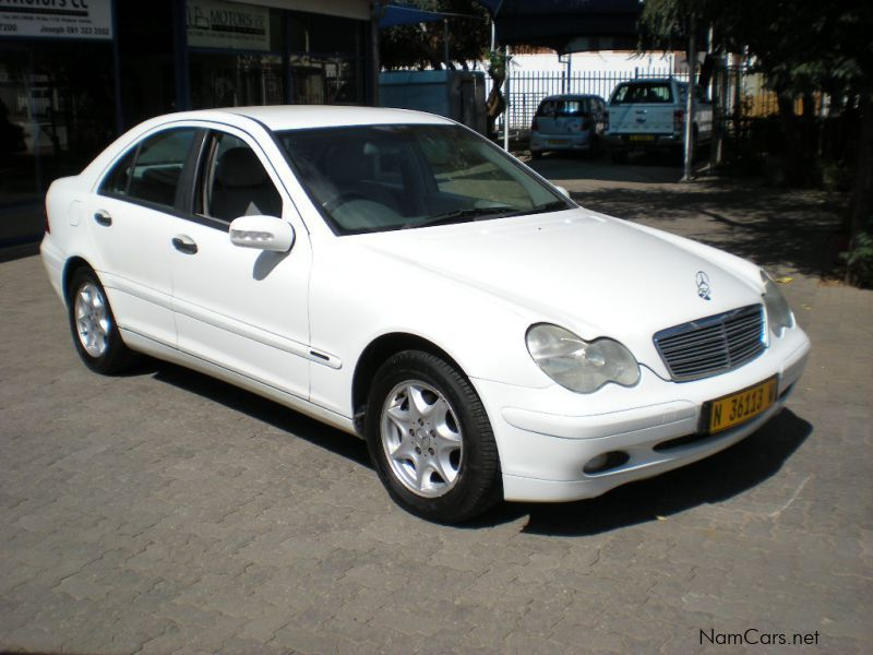 Used mercedes benz c180 auto 2001 c180 auto for sale for Mercedes benz used car sales