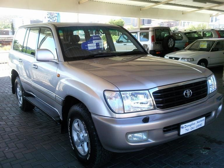 used toyota land cruiser vx 7 seater 2001 land cruiser. Black Bedroom Furniture Sets. Home Design Ideas