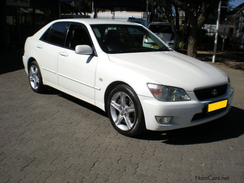 used lexus is 200 auto 2004 is 200 auto for sale windhoek lexus is 200 auto sales lexus is. Black Bedroom Furniture Sets. Home Design Ideas