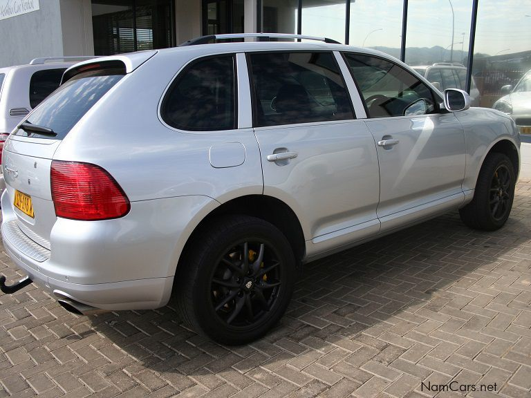 used porsche cayenne s 4 5 v8 a t 2004 cayenne s 4 5 v8 a t for sale windhoek porsche. Black Bedroom Furniture Sets. Home Design Ideas
