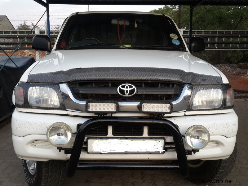 Used Toyota Hilux 4x4 2004 Hilux 4x4 For Sale Tsumeb