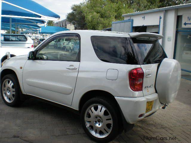 Used Toyota Rav4 2 0i 4x4 3 Door 2005 Rav4 2 0i 4x4 3
