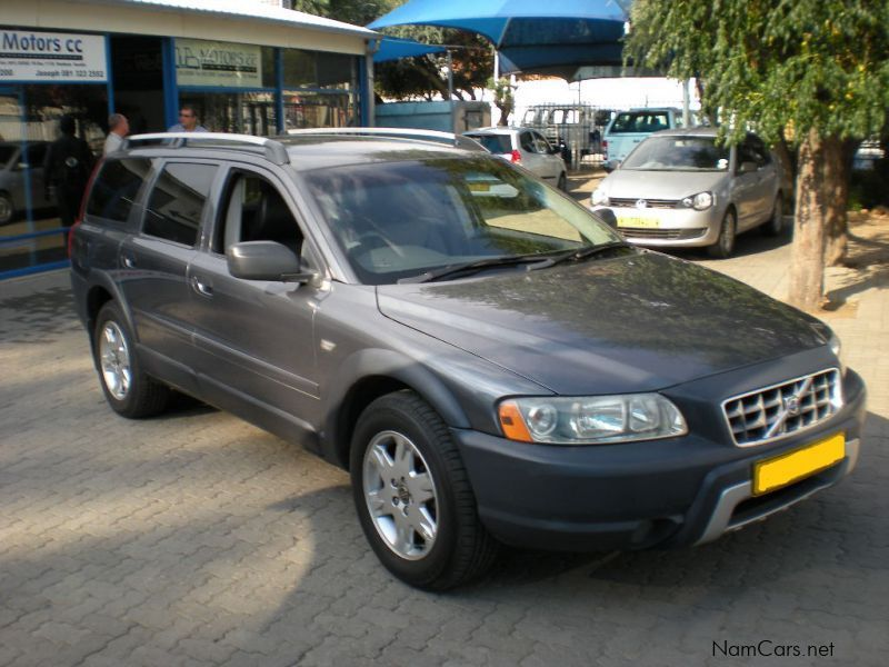 ca reviews price photos research autotrader options volvo specs trims