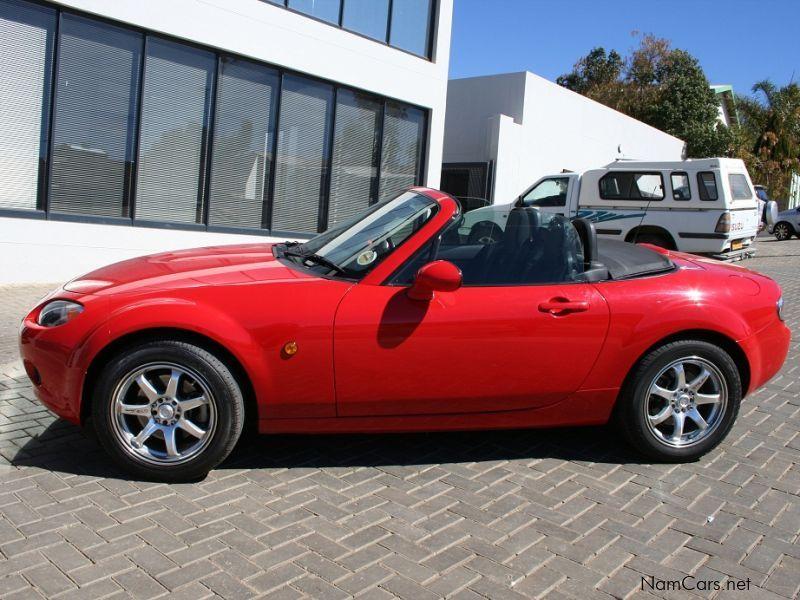 https://www.namcars.net/image/2006-Mazda-MX-5-Roadster-Coupe-2147483699-398022_10.jpg