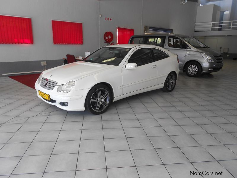 Used mercedes benz c230 v6 sport coupe 2006 c230 v6 for Mercedes benz v6