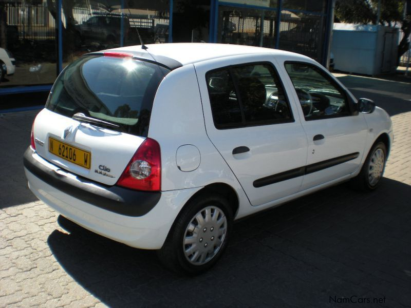 used renault clio 1 2 va va voom 2006 clio 1 2 va va voom for sale windhoek renault clio 1 2. Black Bedroom Furniture Sets. Home Design Ideas