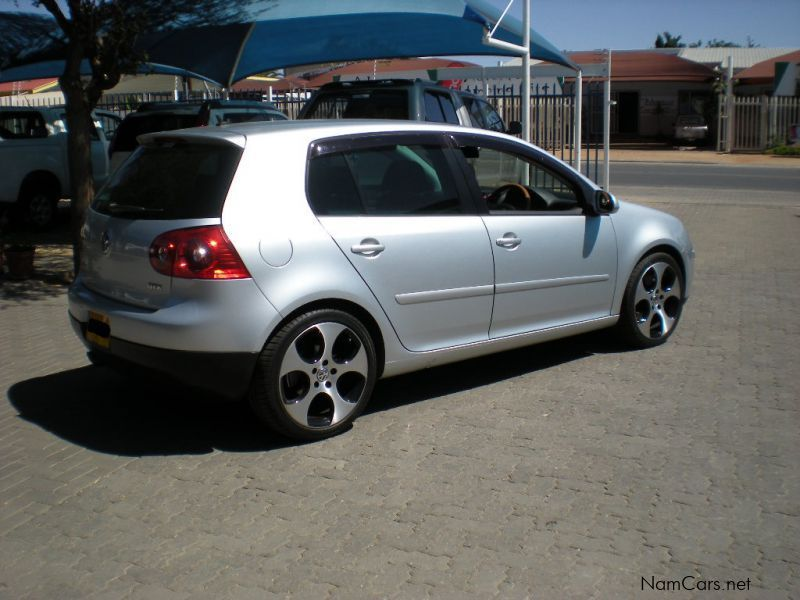 used volkswagen golf 5 2 0 fsi turbo dsg 2006 golf 5 2 0 fsi turbo dsg for sale windhoek. Black Bedroom Furniture Sets. Home Design Ideas