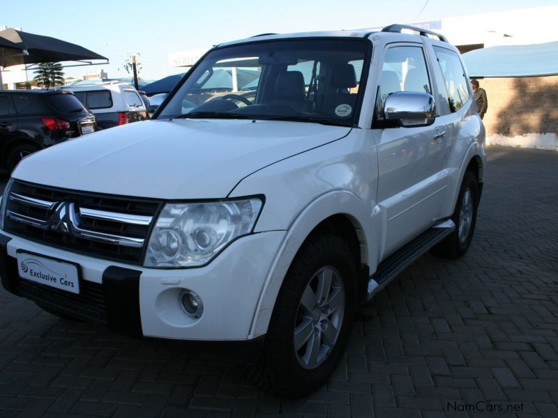 used mitsubishi pajero 3 2 did a t 4x4 3 door 2007. Black Bedroom Furniture Sets. Home Design Ideas