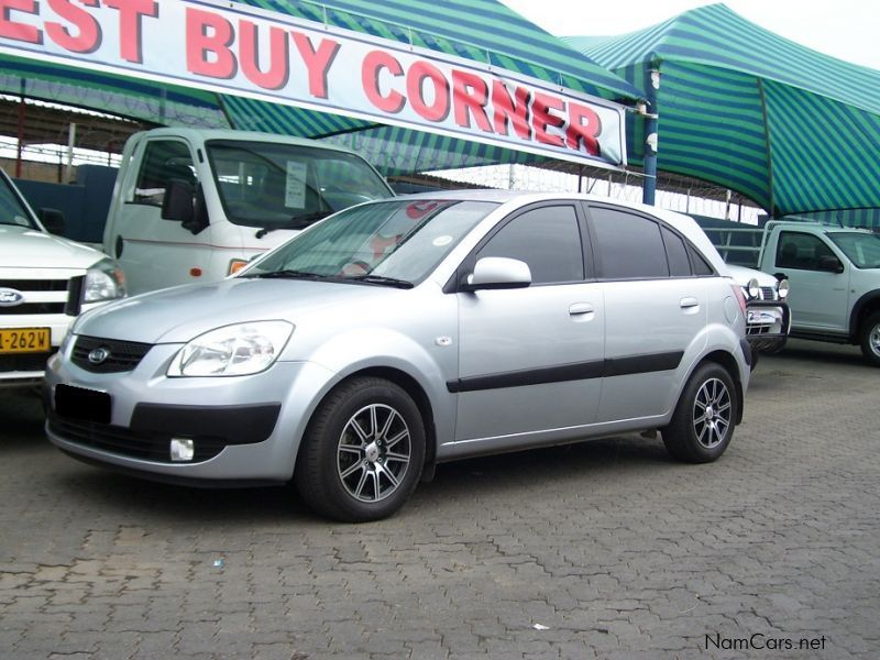 used kia rio 1 4 hs 2008 rio 1 4 hs for sale windhoek. Black Bedroom Furniture Sets. Home Design Ideas