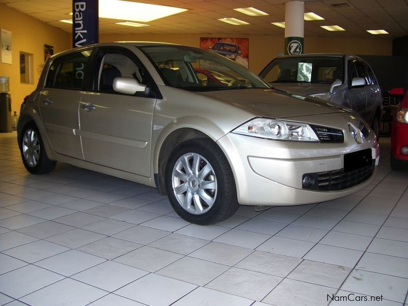 used renault megane ii 1 9 dci dynamique 2008 megane ii 1 9 dci dynamique for sale windhoek. Black Bedroom Furniture Sets. Home Design Ideas