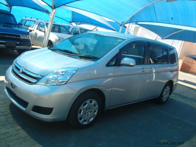 used toyota isis 1 8 7 seater 2008 isis 1 8 7 seater for. Black Bedroom Furniture Sets. Home Design Ideas