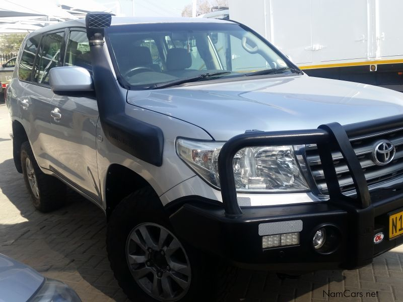 Toyota Land Cruiser 200 Series VX  Diesel A/T in Namibia