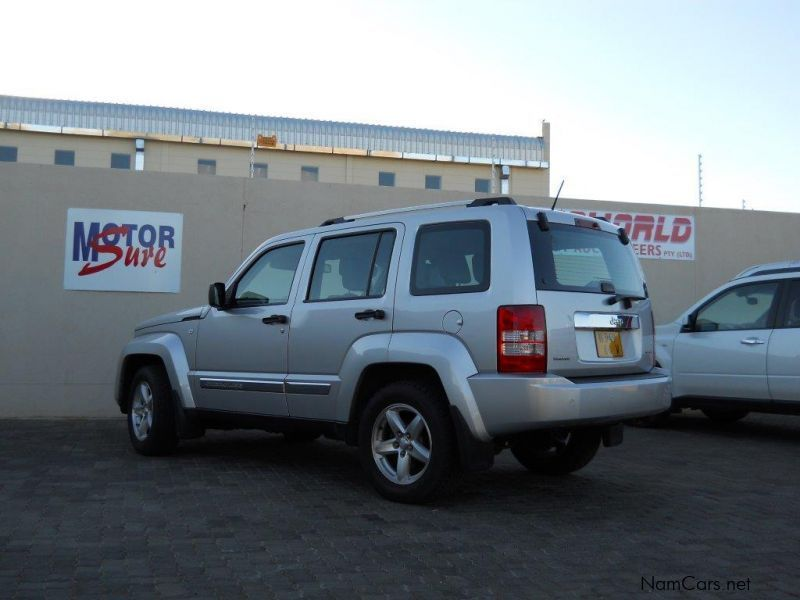 used jeep cherokee 2 8 crd limited a t 2009 cherokee 2 8 crd limited a t for sale windhoek. Black Bedroom Furniture Sets. Home Design Ideas