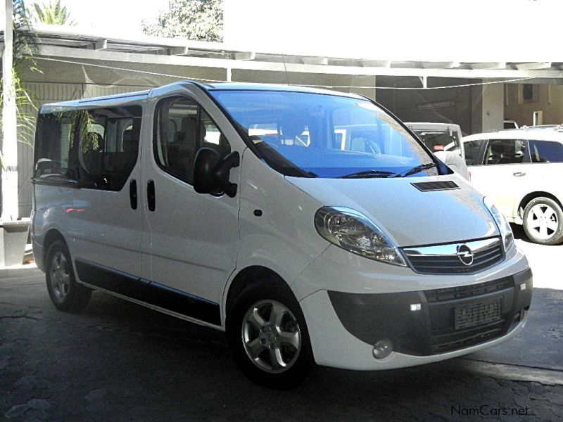 used opel vivaro 1 9 cdti 9 seater bus 2009 vivaro 1 9 cdti 9 seater bus for sale windhoek. Black Bedroom Furniture Sets. Home Design Ideas